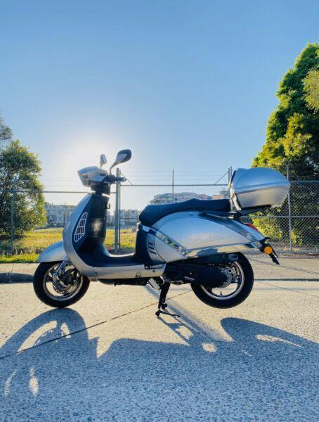 MANHATTAN SCOOTER 150cc FOR SALE