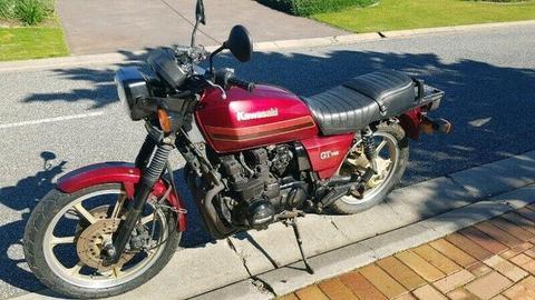1972 Kawasaki 750 Mach IV   Kawasaki bikes, Kawasaki h2, Classic motorcycles
