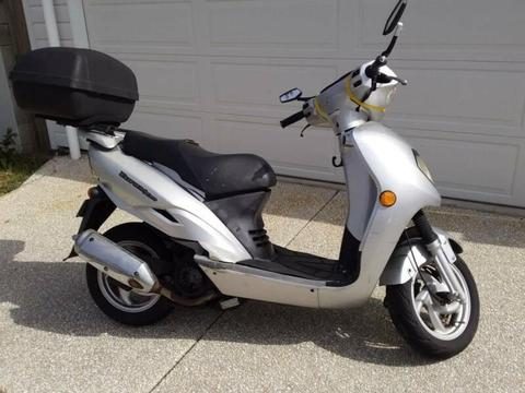 2006 Bolwell Scooter EuroMX 150cc for wrecking or repair