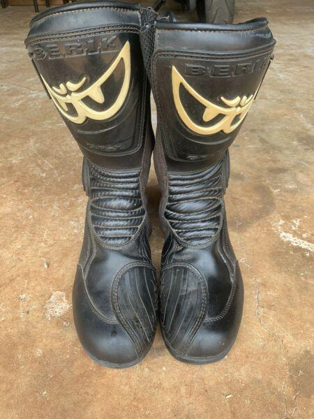 Berik GPX race boots