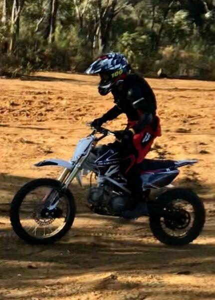 REV MX 125cc Sport 12mths old