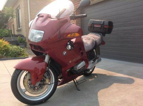 Motor cycle BMW R1100RT