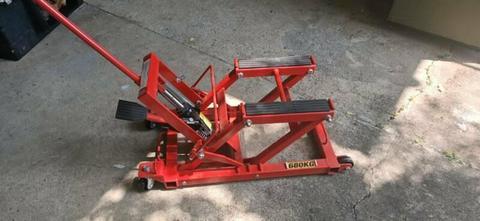680kg ATV lift. Motorcycle or Quad jack. New