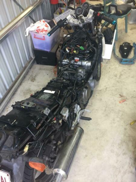 Suzuki Across 250cc 4 cyl stripped for painting, parts, project, resto
