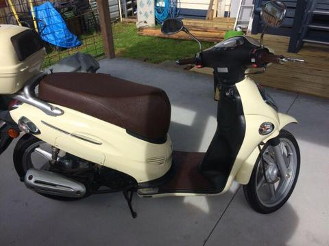 Kimco scooter , model ,People 150 cc