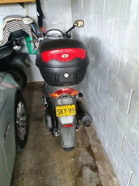 Aprilia Scooter 150CC for sale
