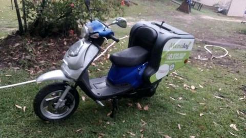 TGB scooter menulog