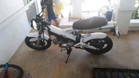 Licensed road bike 125