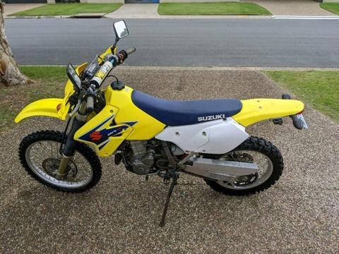 Suzuki DRZ400 LAMS motorbike