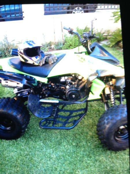 Atomik Feral 150cc Green quad bike