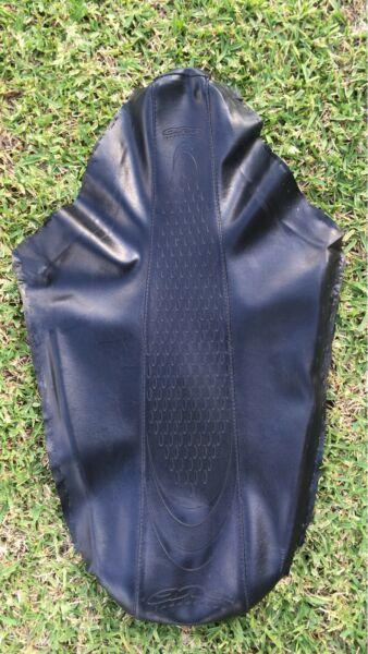 Cr 125-250 seat cover