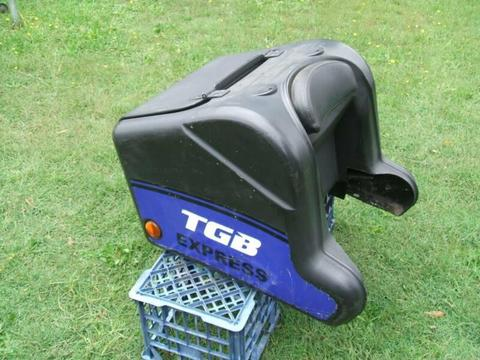 TGB MOTORCYCLE SCOOTER COURIER LUGGAGE CARRY TOP BOX
